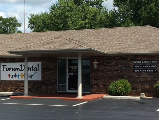 Forum Dental Ozark Office Exterior